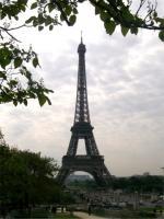 Francja - Wieża Eifle'a - kontrowersyjny symbol Paryża